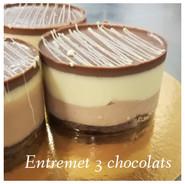 Entremet 3 chocolat #1.JPG