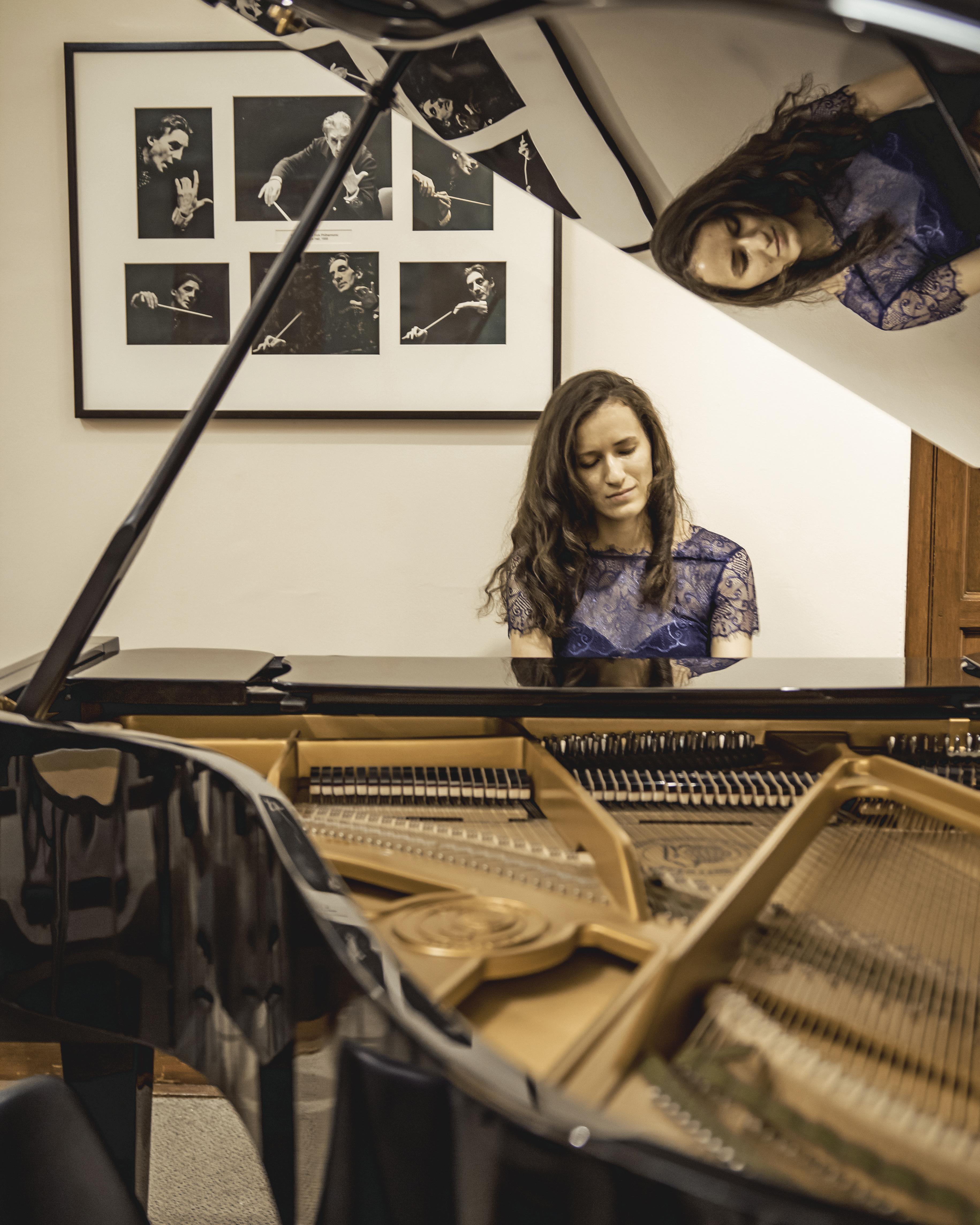 Sarah Gait Piano.jpg
