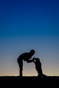 Dog-and-owner-family-portrait-at-Curl-Curl-Beach-Sydney