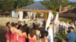 Realizamos Casamentos Especiais como Casamento Ecumênico, Casamento de Divorciados, Renovação de Votos, Casamento Celta e Bodas de Aniversário