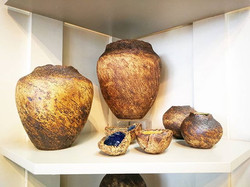 Margaret Crump Stonepots and stonedishs. Delicious pieces with oxidised glaze and blue, green or whi