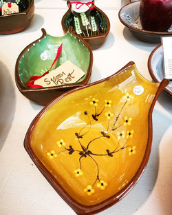 Teana Pottery have brought in these lovely spoon rests. High gloss glaze terracotta with handpainted
