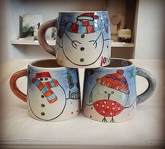 Lots of new work just been delivered this morning by Yvonne Halton Ceramics. Including these Christm