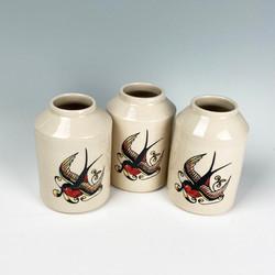 Swallow vase 3