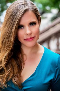Kristina Bachrach Headshot