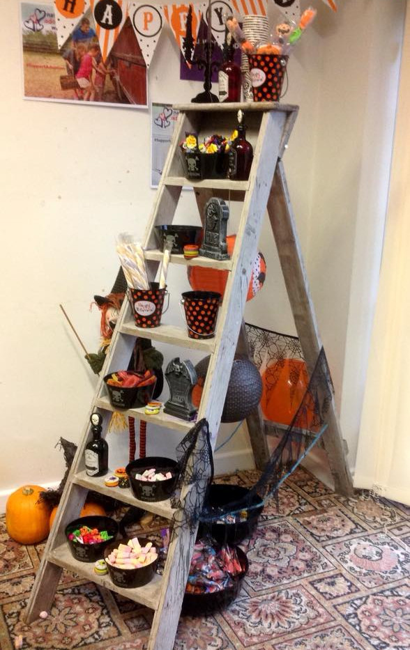 Halloween Sweet Ladder | Chocolate Falls