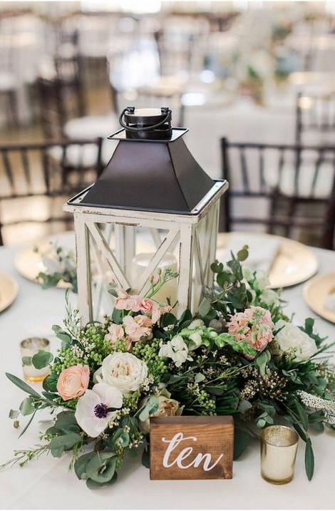 Rustic Glam Wedding Centrepiece | Chocolate Falls