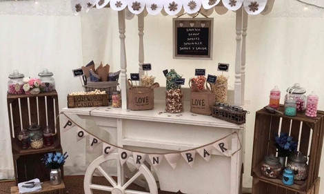 Popcorn Candy Cart | Chocolate Falls