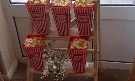 Popcorn Wedding Ladder | Chocolate Falls