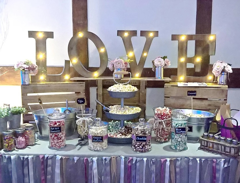 Love Popcorn Bar Wedding | Chocolate Falls