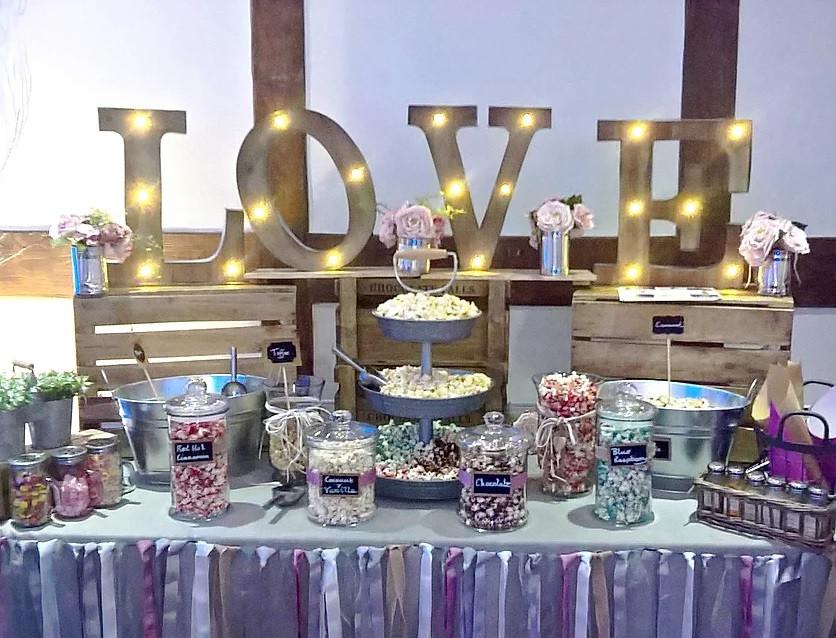 Love Popcorn Bar | Chocolate Falls