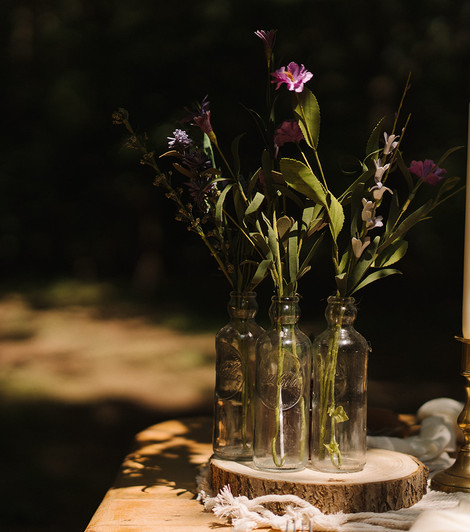Simple Vintage Table Styling   Chocolate Falls