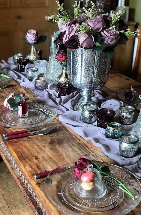 Purple Glam Wedding Table | Chocolate Falls