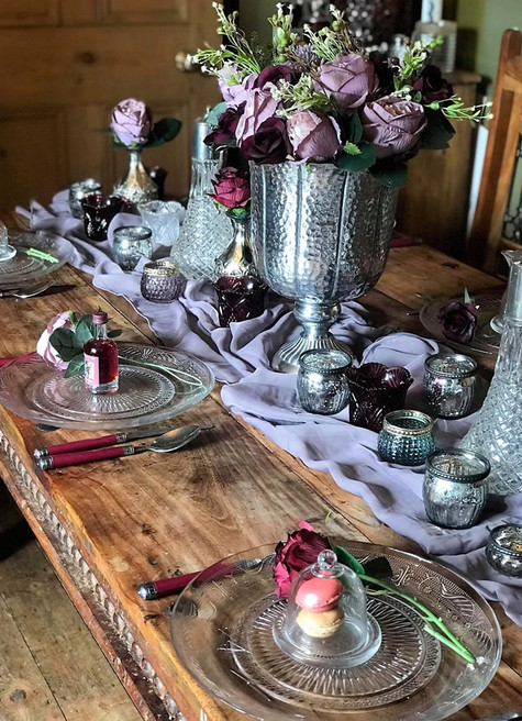 Winter Plum Table Setting | Chocolate Falls