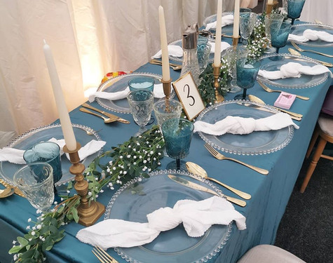 Blue Table Dressing   Chocolate Falls