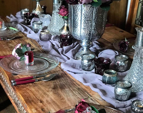 Winter Plum Table Dressing   Chocolate Falls