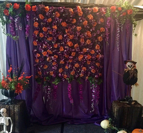 Halloween Flower Wall   Chocolate Falls
