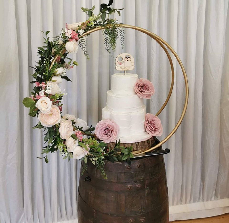 Barrel Table Wedding Cake Display | Chocolate Falls