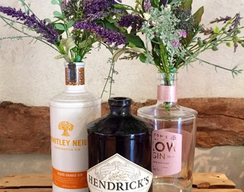 Gin and flowers simple wedding   Chocolate Falls