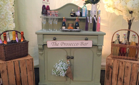 Wedding Prosecco Bar Unit | Chocolate Falls