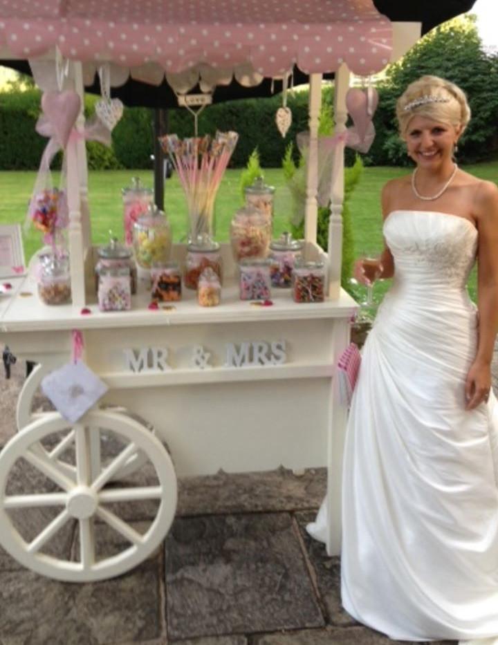 Candy Cart Wedding | Chocolate Falls