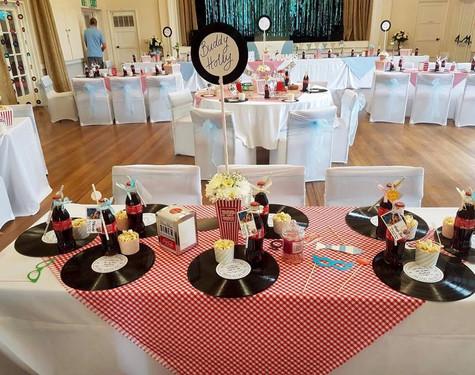 American laid back themed wedding   Chocolate Falls