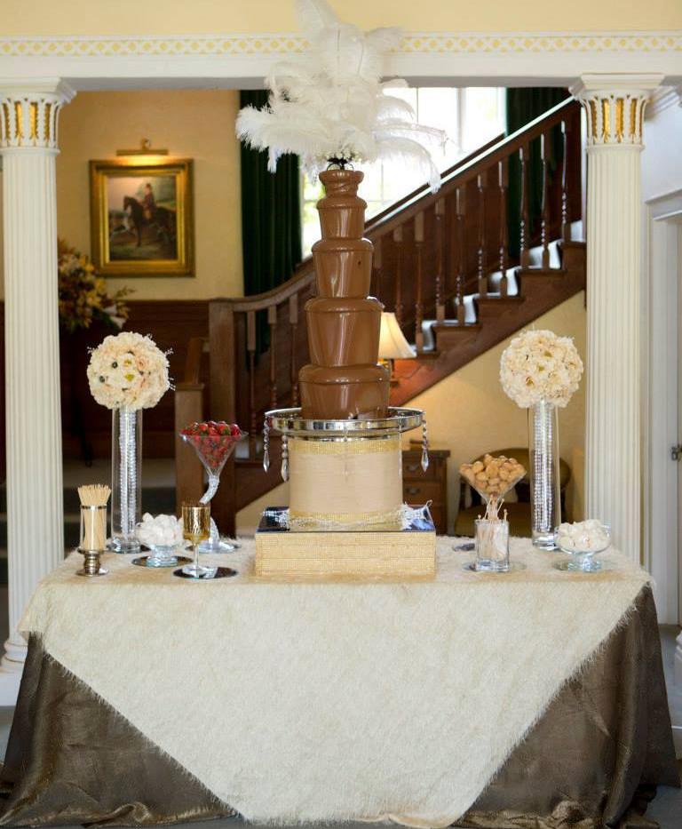 Gatsby Large Fountain | Chocolate Falls