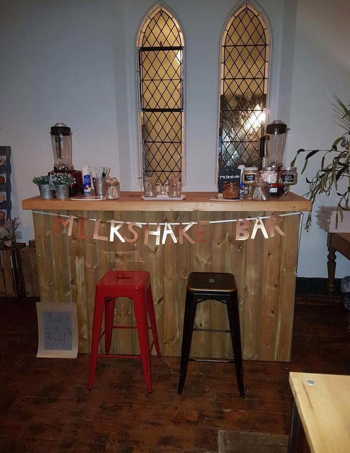 Freakshake bar rustic wedding   Chocolate Falls