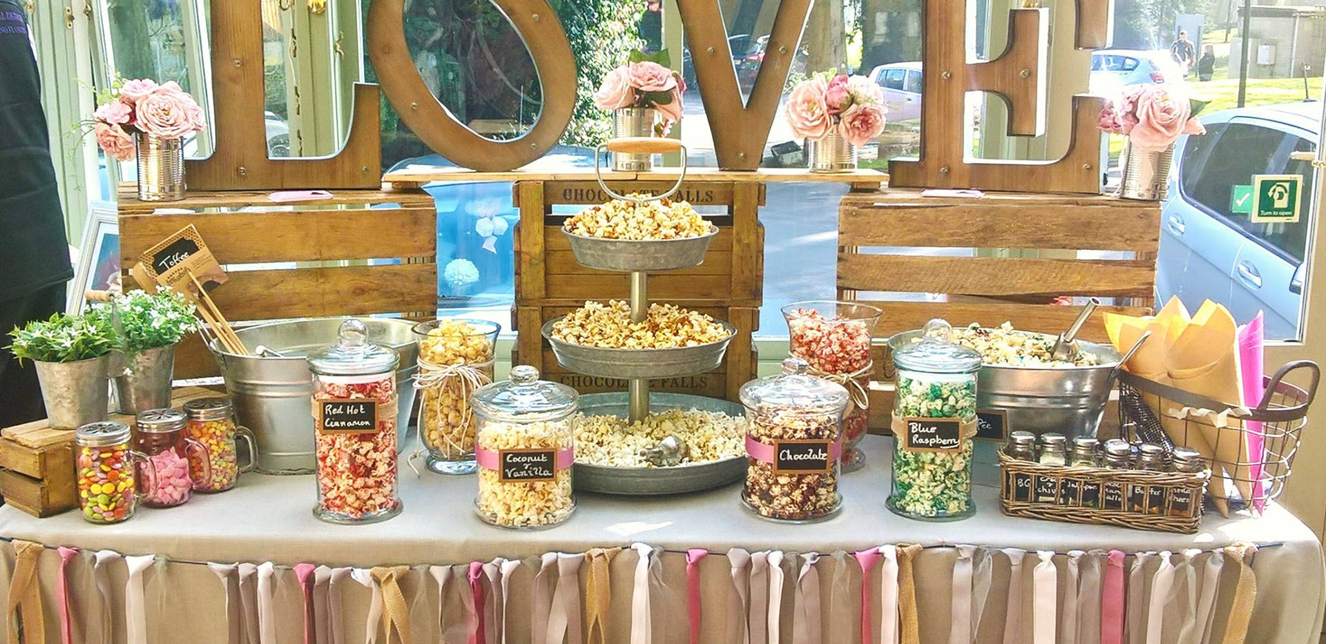 Rustic Popcorn Bar Wedding | Chocolate Falls