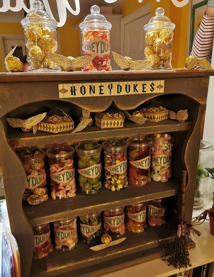 Harry Potter Sweet Display Wedding   Chocolate Falls
