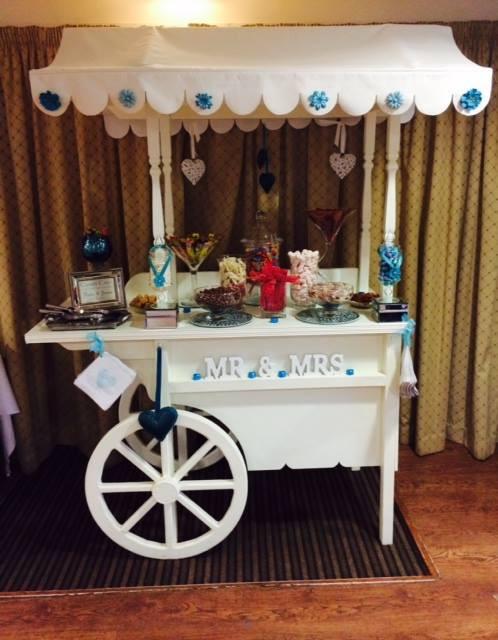 Mr & Mrs Sweet Buffet | Chocolate Falls
