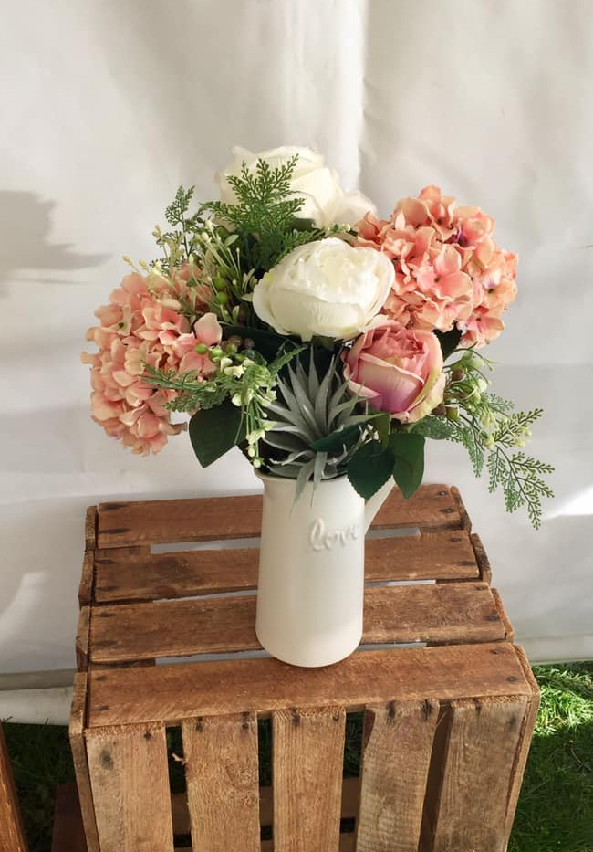 Country Wedidng Flower Hire | Chocolate Falls