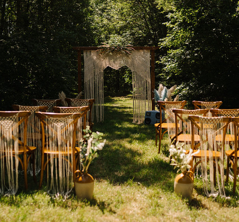 Macrame Outdoor Ceremony Arch & Chairs   Chocolate Falls
