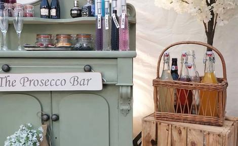 Prosecco Bar Display Wedding | Chocolate Falls