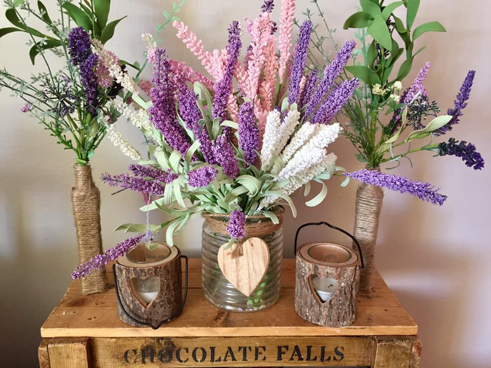 Rustic Floral Flowers Centre Pieces | Chocolate Falls