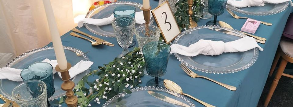 Blue Table Dressing Glam Setting | Chocolate Falls