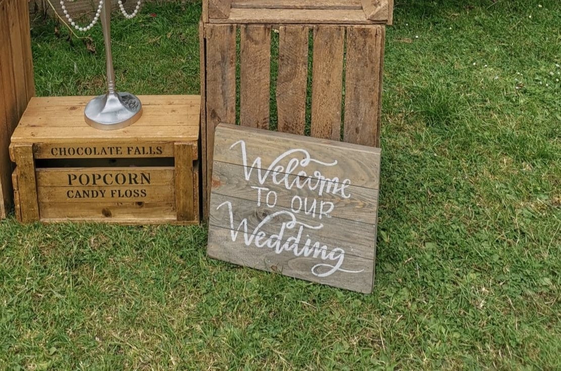 Wooden Welcome to our Wedding Sign and Display | Chocolate Falls