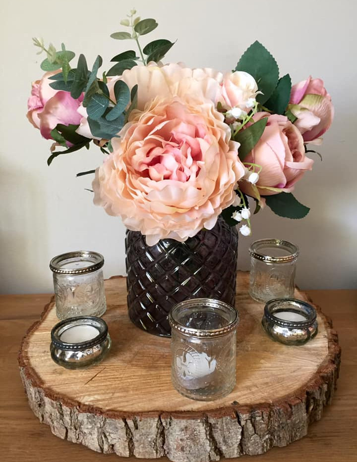 Pretty Pink Wedidng Flower HIre   Chocolate Falls