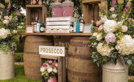 Barrel Prosecco Bar | Chocolate Falls
