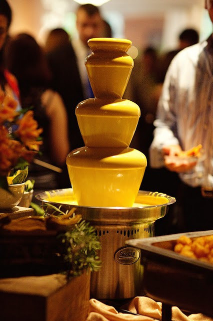Nachos Cheese Fountain | Chocolate Falls