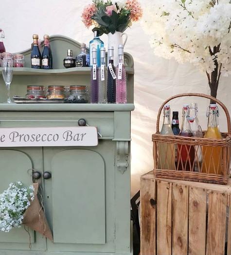 Prosecco Bar Display | Chocolate Falls
