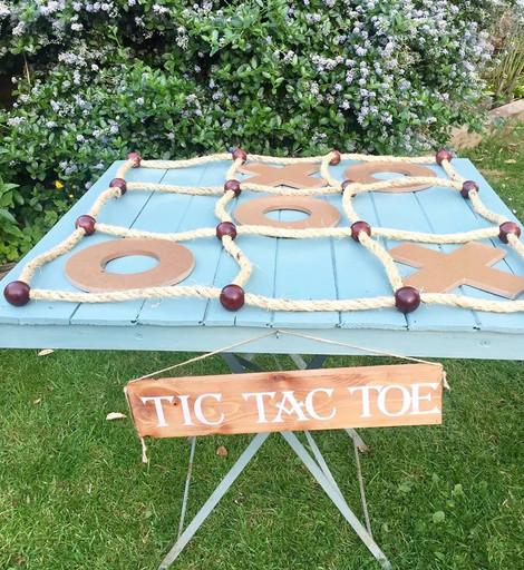 Tic Tac Toe Rustic Games | Chocolate Falls