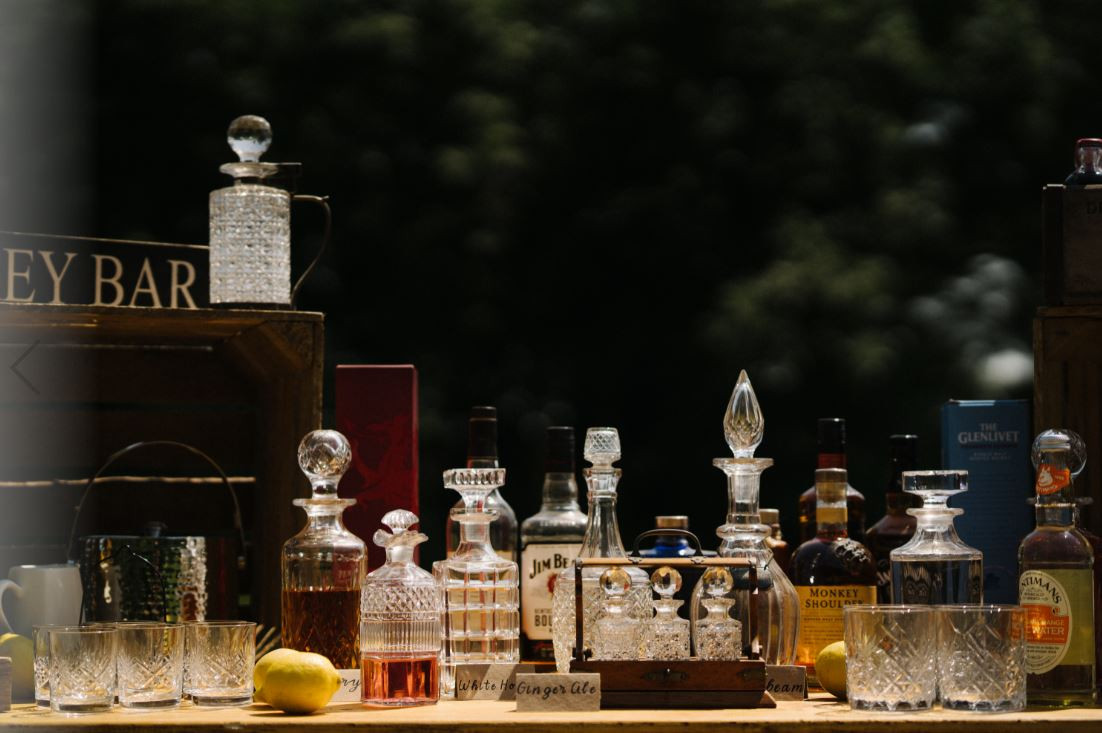 Whiskey Bar Decanters & Glass Hire | Chocolate Falls