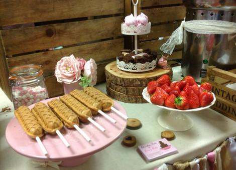 Waffle Bar Parties & Weddings | Chocolate Falls