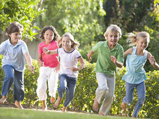 Should we encourage children to play outdoors to help them grow healthier eyes?