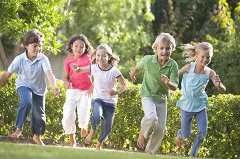 Do children who play outdoors have healthier eyes?