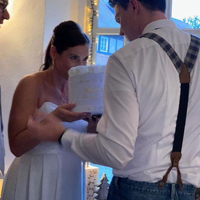 Hochzeitsbox für Diana & Ben♥️_#beautifu