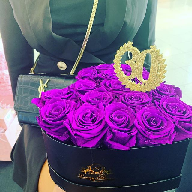 #aluxuryflowerbox #heartbox #30 birthday