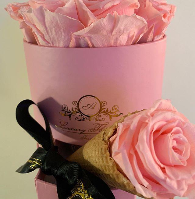 #flowerbox #🌸🌸 #rosenbox #geschenkidee