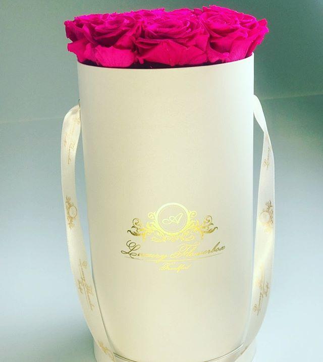 #aluxuryflowerboxfrankfurt  #pinkrosen #